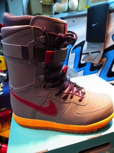 Nikeboot22