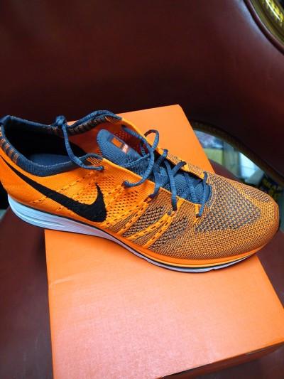 Nike820b